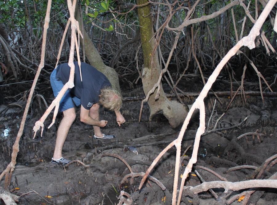 Mud Crabbing with Brian Lee - Dampier Peninsula